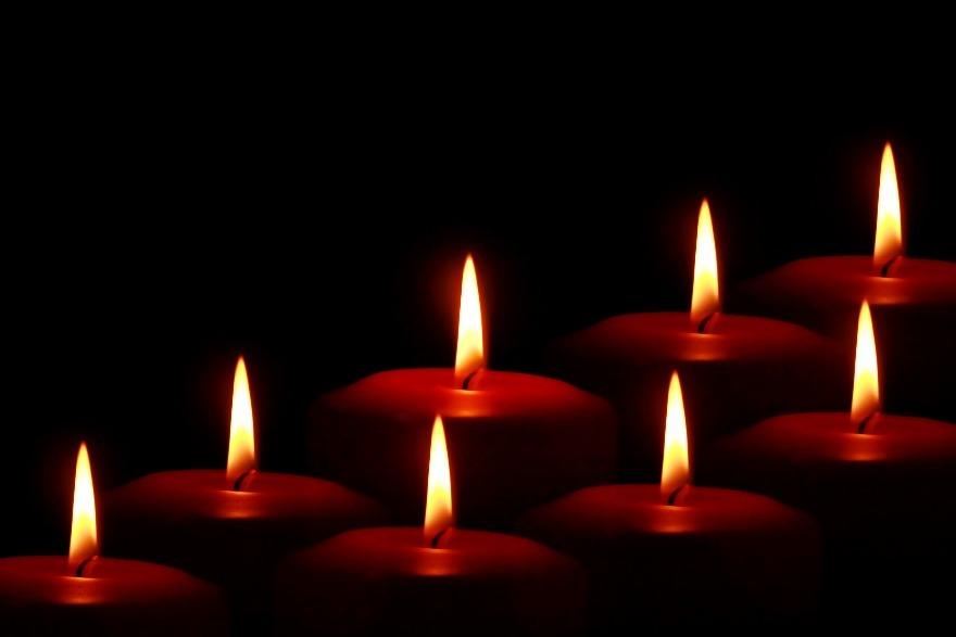 Los 2 mejores hechizos de amor con velas