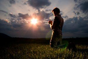 Oración para que piense en ti